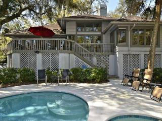 Bright 3 bedroom Hilton Head House with Deck - Hilton Head vacation rentals