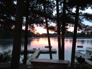 #1 Pines Inn on McCrossen Lake, Waupaca, WI - Waupaca vacation rentals