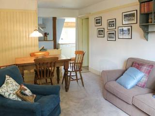 KESTREL LODGE, family friendly, luxury holiday cottage, with a garden in East Anstey, Ref 8528 - Dulverton vacation rentals