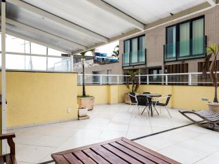 RioBeachRentals - Beach Therapy Penthouse #305 - Ipanema vacation rentals