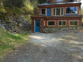 Ground level/private entrance (studio-480 sq. ft.) - Girdwood vacation rentals