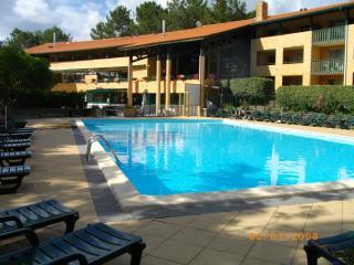 T3 dans résidence avec piscine, 6 couchages - Lacanau-Ocean vacation rentals