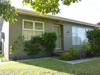 """""""Betty's Place"""" Holiday rental Orford Tasmania - Orford vacation rentals"""