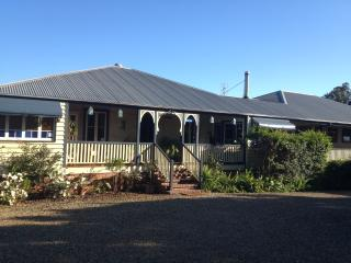 Nice Bed and Breakfast with Internet Access and A/C - Eumundi vacation rentals