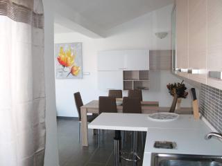 Nuovissima e bella Casa Vacanze in Sardegna - Lotzorai vacation rentals