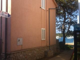 2 bedroom Condo with A/C in Ilovik - Ilovik vacation rentals