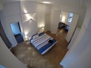 2 bedroom Apartment with Internet Access in Ixelles - Ixelles vacation rentals