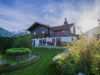 4 bedroom Chalet with Internet Access in Piesendorf - Piesendorf vacation rentals