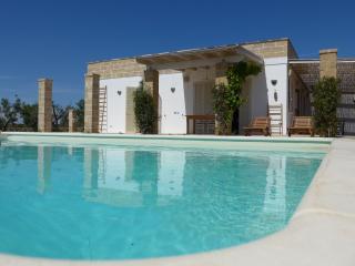 Villa Mandorla con piscina privata per 6/8 persone - Galatone vacation rentals