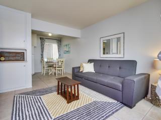 Island Getaway 1B - San Diego vacation rentals
