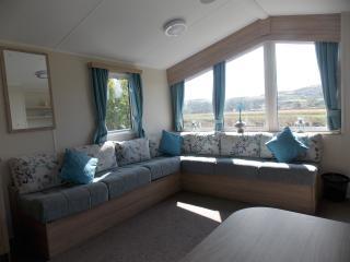Presthaven Deluxe 8 berth Caravan - Prestatyn vacation rentals