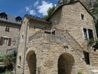 Cozy 2 bedroom Gite in La Malene - La Malene vacation rentals