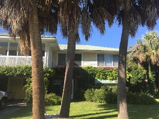 The Fish House Cottage/ Classic Tybee Cottage Close 2 BOTH beaches - Tybee Island vacation rentals