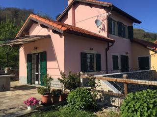 Romantic 1 bedroom Bed and Breakfast in Campomorone with Internet Access - Campomorone vacation rentals