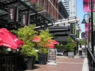 Excellent 2.5 BR/ 2 BA Downtown Location - Vancouver vacation rentals