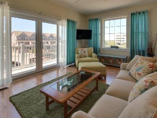Charming townhouse w/ shared pool & stunning bay views! - Ocean City vacation rentals