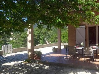 Cozy 3 bedroom Cavalaire-Sur-Mer House with Dishwasher - Cavalaire-Sur-Mer vacation rentals