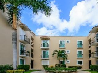 Lowest rate, only minutes away from 5th Avenue - Playa del Carmen vacation rentals