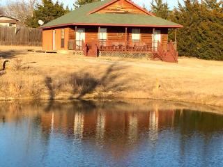 The Woodland - Cedar Creek Cabins - Sulphur vacation rentals