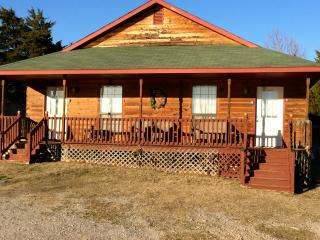 The Woodland - Cedar Creek Cabins - Sulphur vacation rentals
