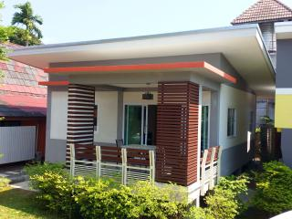 Modern New 2 Bedroom & Pool near Beach - Bophut vacation rentals