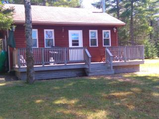 2 bedroom Cottage with Parking in Caledonia - Caledonia vacation rentals