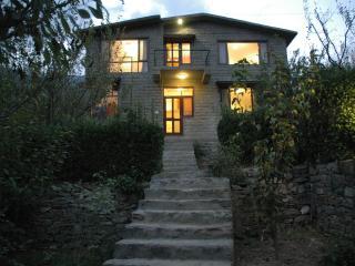 The Secret Cottage: Exclusive, Independent Cottage in Kullu - Manali - Manali vacation rentals