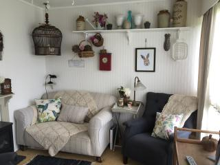 Traditional 1960s Holiday Chalet near the beach... - Heacham vacation rentals