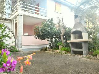 Villetta100m spiaggia/few steps from the beach - San Giovanni vacation rentals