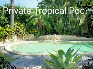 4+BEDROOM HOUSE-Pet and child friendly-Gold Coast - Miami vacation rentals