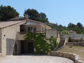 1 bedroom Private room with Internet Access in Venelles - Venelles vacation rentals
