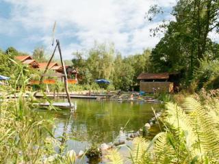 4 Personen Ferienwohnung am Wasser - Grafenwiesen vacation rentals
