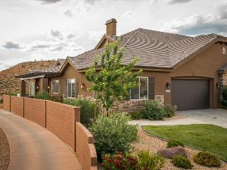 Sun-E-Scape - Breath Taking Views of The Coral Canyon Golf Course! - Orangeville vacation rentals