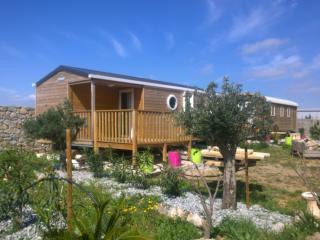 Chalet Bora Bora - Perpignan vacation rentals