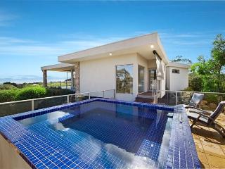 Perfect 3 bedroom Cape Schanck House with A/C - Cape Schanck vacation rentals