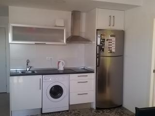 Modern apartment close to sea & restaurants & WIFI - Torrevieja vacation rentals