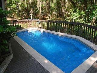 SEA PINES, 4 BDRM, POOL, BEACH, SLEEPS 11 - Hilton Head vacation rentals
