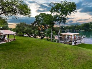 LILYPAD ON LAKE DUNLAP - New Braunfels - Colorado vacation rentals