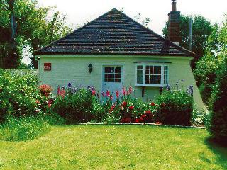 Nice 2 bedroom Cottage in Birdham - Birdham vacation rentals