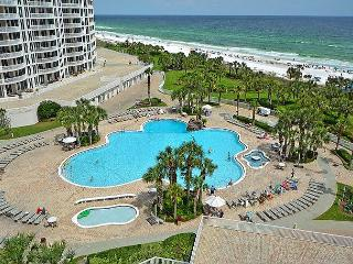 Luxury Gulf-front 3 BR Unit — Best Rates!! Holiday Spring Break and Summer! - Destin vacation rentals