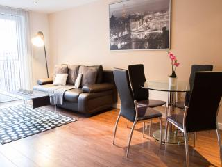 High Spec 2 Bed Near Spinningfields  (21) - Manchester vacation rentals