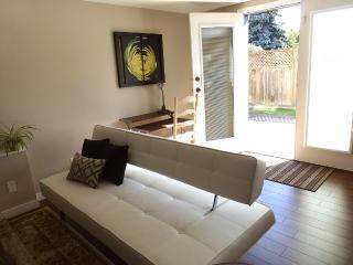 Garden Suite - Your City Escape - Victoria vacation rentals