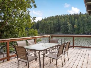Comfortable House with Dishwasher and Water Views - Friday Harbor vacation rentals
