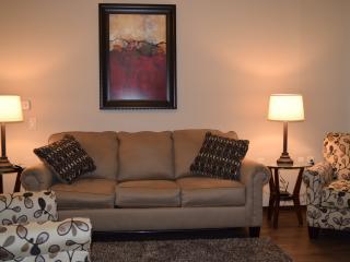 244-Ideal 2 Bd in Jordan Creek Area - West Des Moines vacation rentals
