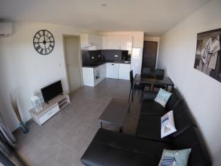 Appartement neuf à 5 minutes de la mer - Furiani vacation rentals