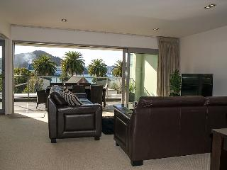 Nice 3 bedroom Condo in Picton - Picton vacation rentals