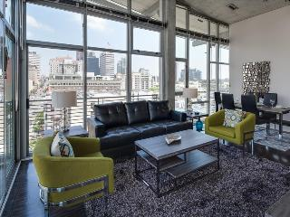 Stay Alfred Modern 2BR Loft in the Gaslamp L62 - San Diego vacation rentals