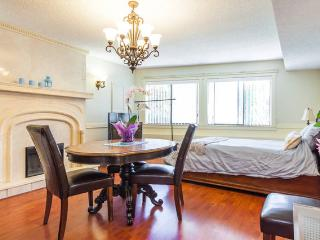 Short term 1 bedroom private Burnaby Vancouver - Burnaby vacation rentals