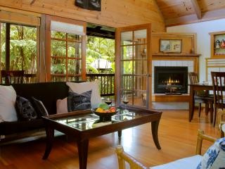 Lotus Garden Cottages, Hula Moon Cottage - Volcano vacation rentals