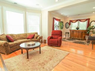 Spacious & Beautiful Downtown Renovated Victorian - Saratoga Springs vacation rentals